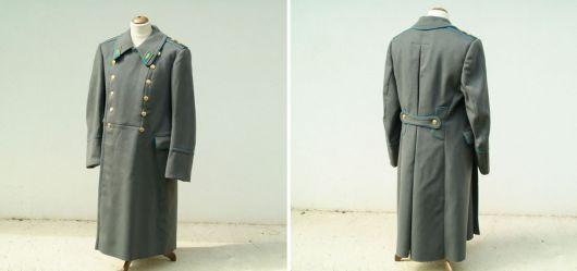 Uniform Mantel eines ranghohen Offiziers (Ukraine?)