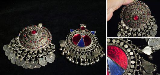 2 jewels from Turkmenistan end 20. Century