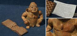 Sitzende Figur aus Peru