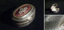 Kleine Silberdose