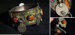 Tribal Art - silver bracelet from North Africa