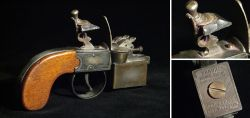 Dunhill lighter in the shape of a pistol 1930 – 1945