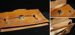 Schulranzen / Schultasche aus braunem Leder
