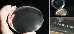 Sehr große Puderdose aus Sterling-Silber mit Spiegel
