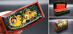 Alte russische Lackdose mit Miniaturmalerei